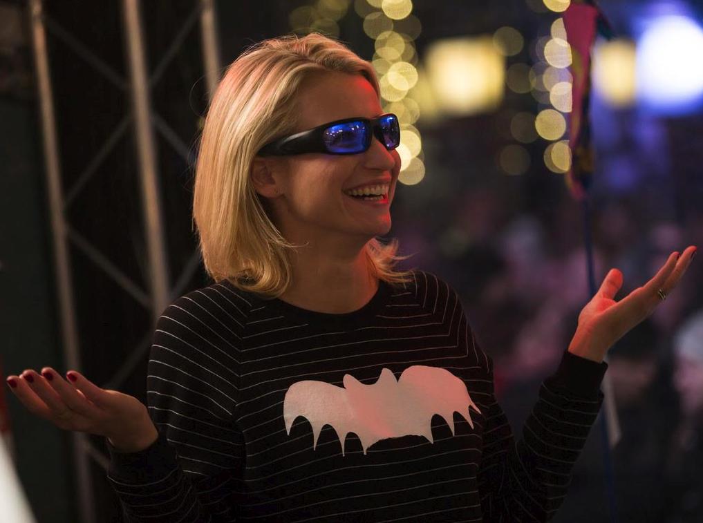Tilbud på Lysterapibrille 3-i-1 Brille – Giver Energi Og Modvirker Jetlag – PROPEAQ