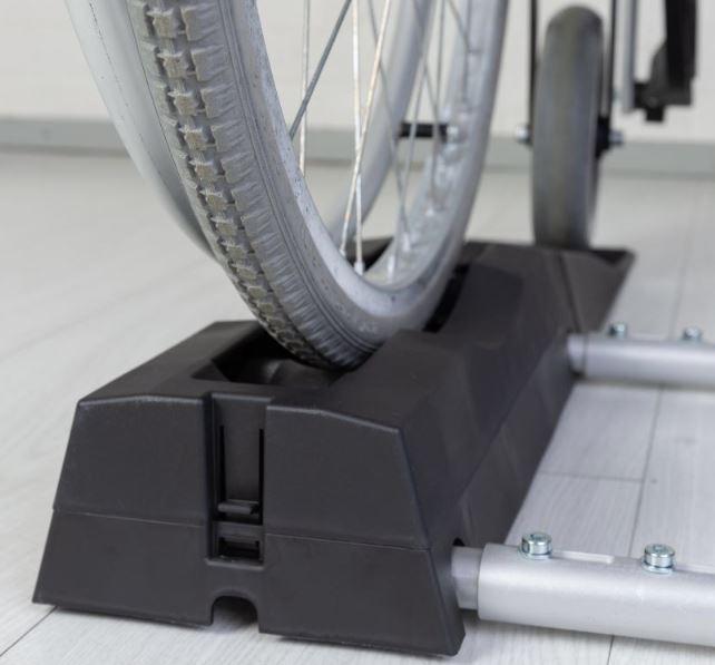 Image of   CleanWheels - Mekanisk Rensning af Kørestolshjul