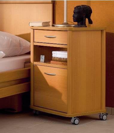 Billede af Vitalia sengebord med praktiske funktioner
